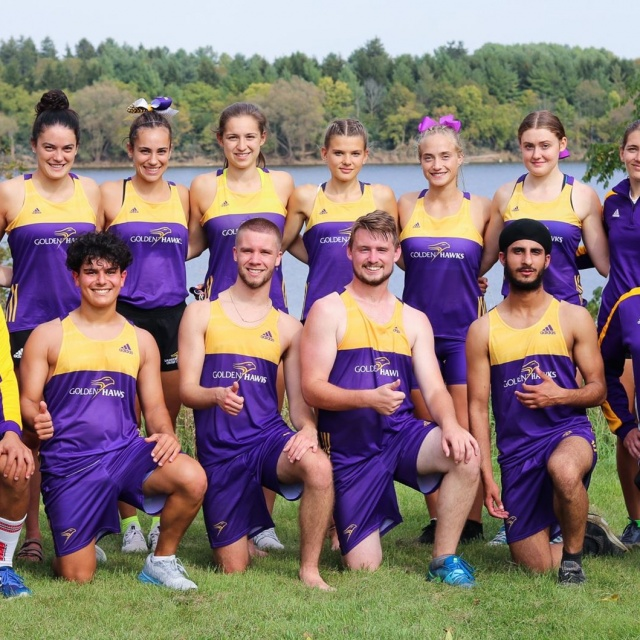 Laurier Brantford Cross Country Team